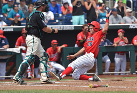 College World Series: Arizona baseball falls to Coastal Carolina in championship series finale