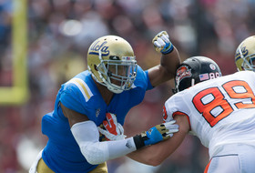 71 from Pac-12 on NCFAA 2013 preseason award watch lists