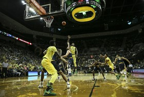 Clash of league leaders tips off second half of Pac-12 play