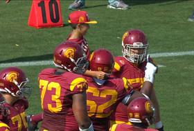 Video: USC fan is offensive coordinator in the making