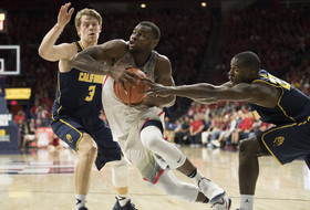 Highlights: No. 9 Arizona men's basketball defends home court against California