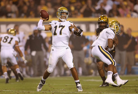 UCLA's Brett Hundley opens up second half with 80-yard touchdown
