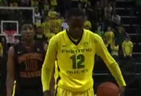 Video: Oregon's Jason Calliste's interesting free throw routine