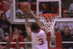 Video: Princeton Onwas delivers game-winner(s) for Utah