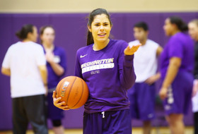 'Sports Report' preview: Washington's Kelsey Plum wants to be remembered for her team's play, not point totals