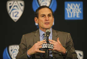 Pac-12 Commissioner Larry Scott answers Pac-12 Networks' regional content distribution question