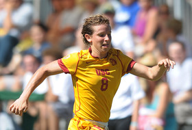 <p>USC's Elizabeth Eddy in action the first weekend of 2013.</p>