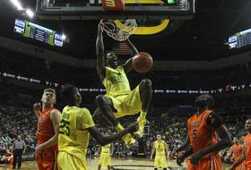 Roundup: Oregon men's basketball is a 'quiet' Final Four contender