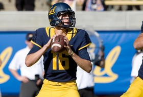 Roundup: Goff trying to match Mariota