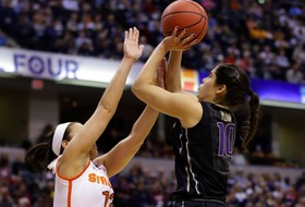 Plum on the Verge of Breaking the Pac-12 All-Time Scoring Record