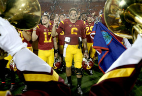 AP Top 25: USC jumps to 6th, UCLA enters top 10