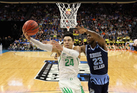 Roundup: Dillon Brooks' 'competitive fire' has Ducks in Sweet 16
