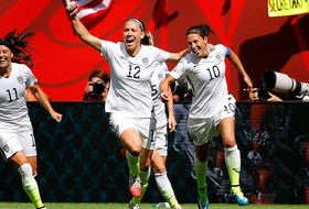 Roundup: Holiday scores in World Cup finale