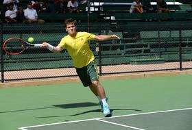 Oregon upsets Stanford, California defeats Utah to advance to men's tennis quarterfinal round