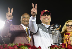 Roundup: USC closes big on National Signing Day