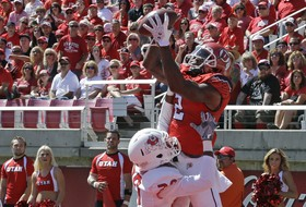 Video: Healthy Kenneth Scott shows off leaping ability with touchdown catch
