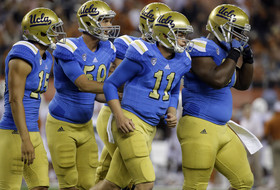 Jerry Neuheisel, Paul Perkins help UCLA beat Texas in Brett Hundley's absence