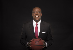 Washington State's Ernie Kent: 'I feel like a big bear that has been in hibernation'