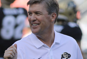Roundup: Mike MacIntyre gets contract extension at Colorado