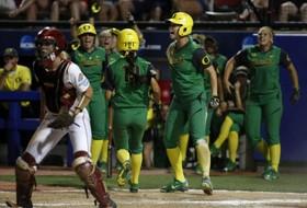 Highlights: Oregon softball survives and advances past Oklahoma