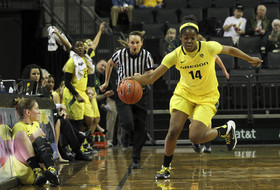 Pac-12's Violet Palmer: No rules changes, same points of emphasis for officiating