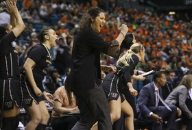 2019 Pac-12 Women's Basketball Media Day: Washington's tourney upset still boosting daily preparation for upcoming season
