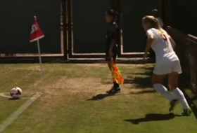 Stanford team puts their heads together on goal