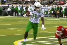 Video: Royce Freeman scores two touchdowns in Ducks debut