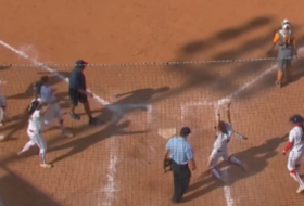 Highlight: Arizona's Tamara Statman's walk-off RBI single sends Wildcats to Super Regionals