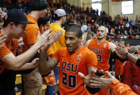 Roundup: Oregon State is on the verge of the Big Dance