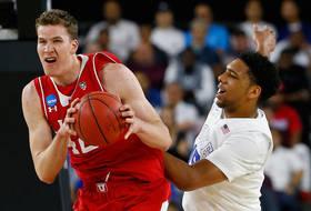 Roundup: Jakob Poeltl is comin' back to Utah
