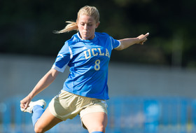 <p>UCLA Jjnior Abby Dahlkemper in 2012.</p>
