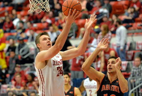 Washington State's Josh Hawkinson