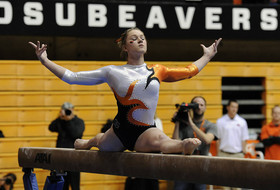 Six Pac-12 women's gymnastics teams remain in top-25