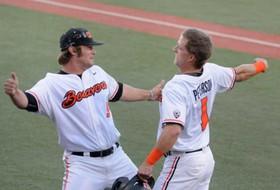 Highlights: Oregon State baseball takes down UC Irvine, sets up Monday showdown