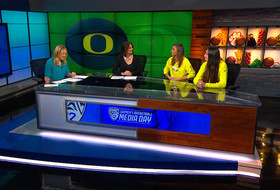 2016 Pac-12 Women's Basketball Media Day: Oregon's Maite Cazorla and Lexi Bando