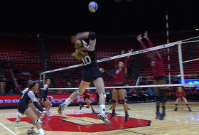 Recap: Utes keep tournament hopes alive with win over Cougars