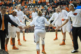 2015-16 women's basketball campaign tips off this weekend