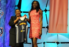 WNBA draft: Chiney Ogwumike goes No. 1; five from Pac-12 selected