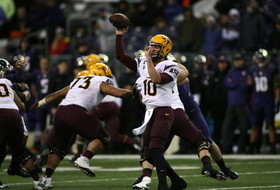 "<p align=""left"">Taylor Kelly returned for the Sun Devils on Saturday, but it was the defense that shut down Washington. <a href=""http://pac-12.com/videos/highlights-wind-and-rain-no-problem-sun-devils"">Kelly passed for 180 yards and two touchdowns</a> as the <a href=""http://pac-12.com/sport/football/standings"">Sun Devils stayed in a three-way tie for first in the South Division.</a> Shaq Thompson carried the ball 21 times for the Huskies, but their offense never got on track in the monsoon-like conditions. ASU, despite not having Kelly for over a month, <a href=""http://pac-12.com/football/event/2014/11/01/utah-arizona-state"">now has a huge showdown with Utah next week</a>. <a href=""http://pac-12.com/football/event/2014/11/01/washington-colorado"">Washington travels to Colorado.</a></p>"