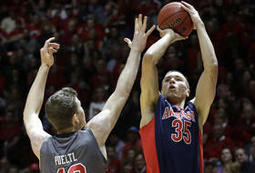 Roundup: Arizona grinds it out in Salt Lake City