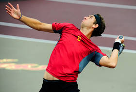 NCAA men's tennis: USC moves on to finals; UCLA falls
