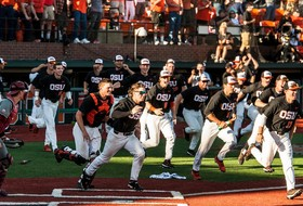 Roundup: Oregon State baseball on to Super Regionals