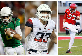 College Football Awards 2014: Mariota, Wright, Hackett earn honors