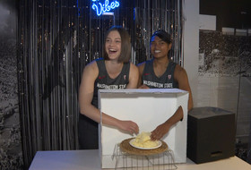 """Pac-12 women hoopers play """"What's in the Box?"""" at media day"""