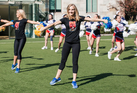 2017 Pac-12 China Game: UCLA's spirit squad hosts cheer clinic for Shanghai international students