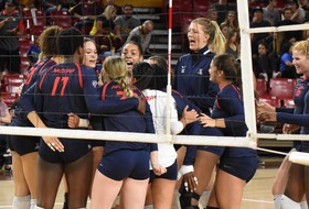 Recap: Arizona women's volleyball starts strong, sweeps in-state rival Arizona State