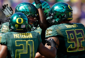 Oregon tabbed to win Pac-12 title in preseason media poll
