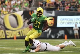 Roundup: Oregon's Royce Freeman nearing Pac-12 record