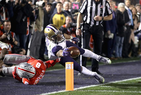 Highlights: No. 9 Washington football rattles off 20 straight points in fourth quarter but falls to No. 6 Ohio State in Rose Bowl